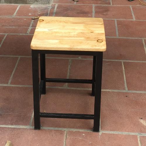 Ghế cho quán cafe khung sắt đệm gỗ GCFSat03